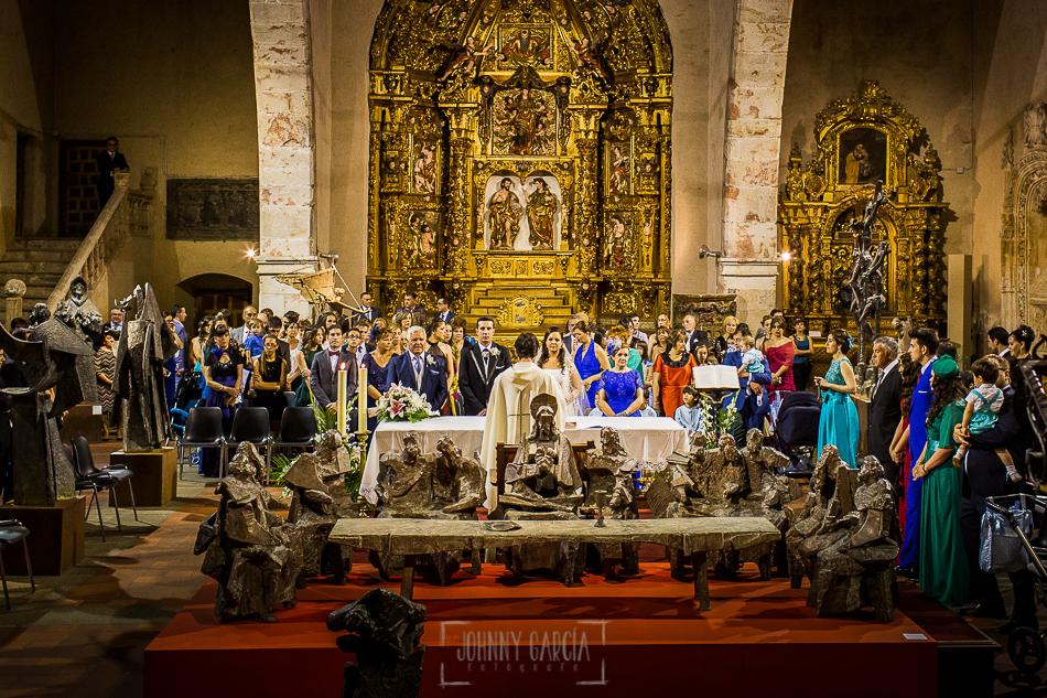 Boda en Alba de Tormes, Elena y Jose, Vista general de la iglesia de Alba de Tormes