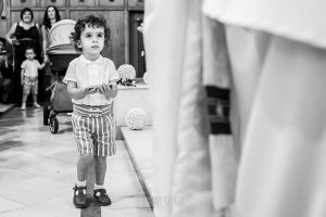 Boda en Salamanca, Elia + Nacho, un sobrino de la pareja lleva los anillos