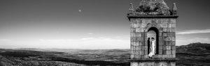 Postboda en Villatoro, Avila, Elia + Nacho en lo alto de la torre del convento