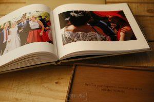 Ejemplo de libro de boda realizado por Johnny García. Libro interior.