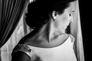 Boda en Hervás, Cáceres, Johnny García, fotógrafo de bodas en Extremadura, Ester y Juan Luis , 2015, un retrato de Ester