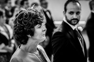 Boda en Hervás, Cáceres, Johnny García, fotógrafo de bodas en Extremadura, Ester y Juan Luis , 2015, un retrato de la madre de Juan Luis emocionada