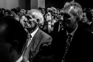 Boda en Hervás, Cáceres, Johnny García, fotógrafo de bodas en Extremadura, Ester y Juan Luis , 2015, un retrato de una invitada emocionada