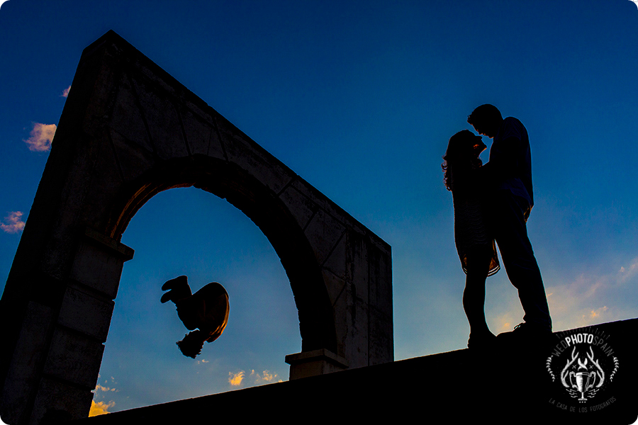Fotografia de boda premiada en Wed Photo Spain España realizada por Johnny Garcia en el casco antiguo de Salamanca