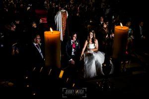 Boda en Almaraz, Cáceres, Marta y Samuel, realizada por Johnny Garcia, fotógrafo de bodas en Extremadura, Marta y Samu en un momento de la ceremonia