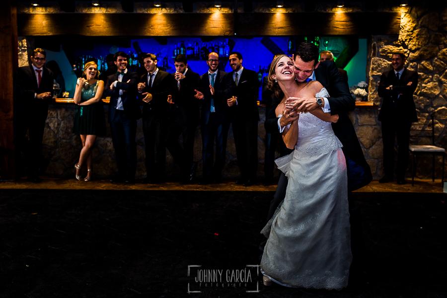Boda en Béjar de Cristina y Santiago realizada por Johnny Garcia, el baile nupcial de Cristina y Santiago