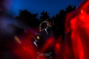 Pre boda entre Cáceres y Salamanca de Gema y Alberto realizada por el fotógrafo de bodas en España Johnny García, Gema y Alberto ya por la noche