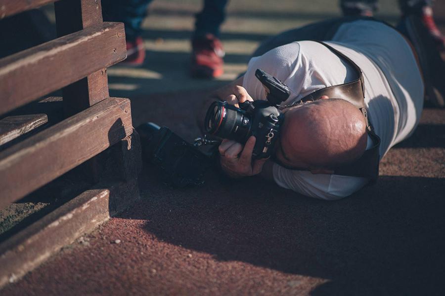 Foto de Ghenesys Digital a Johnny García durante el shooting de Conecta, encuentro nacional de fotógrafos de boda en España, Valencia