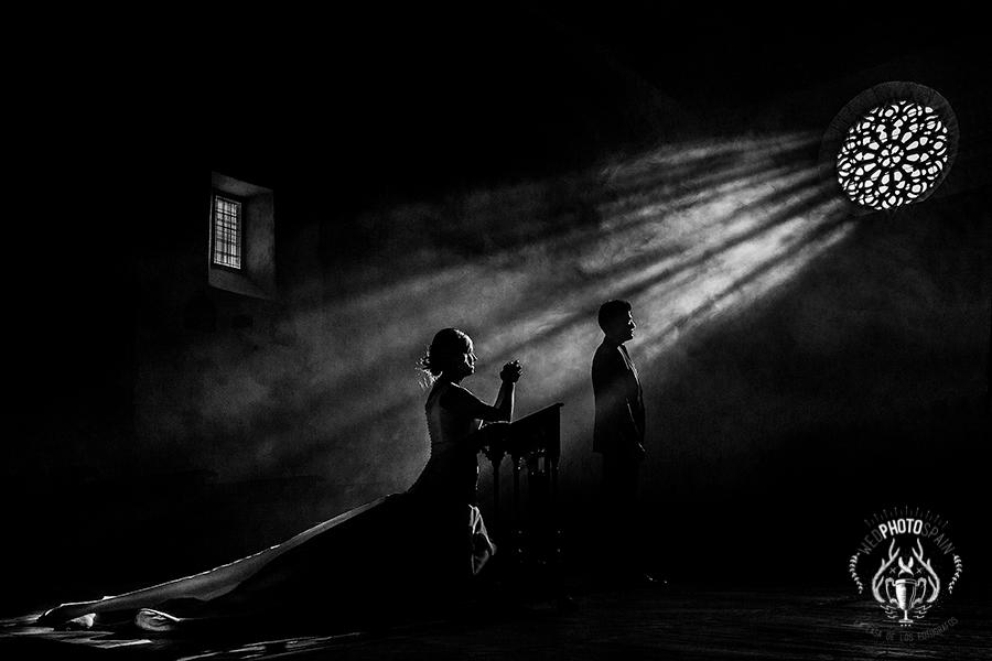 Fotografia premiada en wed photo spain de españa, realizada por el fotografo de bodas extremeño johnny garcia en Candelario, Salamanca