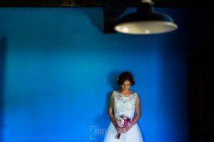 Boda en Hervás de Tamara y Sergio realizada por Johnny García, fotógrafo bodas Extremadura, retrato de Tamara