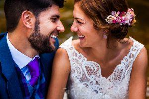 Boda en Hervás de Tamara y Sergio realizada por Johnny García, fotógrafo bodas Extremadura, un retrato de los novios