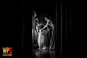 Fotografia premiada en la WPS, en su colección 26, realizada por el fotografo de bodas en Extremadura Johnny Garcia