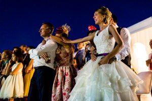 Boda en Salamanca de Laura y Manu, realizada por el fotógrafo de bodas en Salamanca Johnny García, la madre de Laura emocionada con un video de agradecimiento