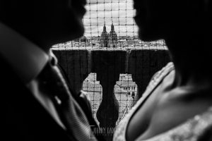 Boda en Salamanca de Laura y Manu, realizada por el fotógrafo de bodas en Salamanca Johnny García, una vista de las torres de La Clerecía