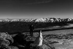 Boda en Guijuelo, Salamanca, de María Eugenia y David, realizada por Johnny García, fotógrafo de bodas en Salamanca, la pareja en el reportaje de post boda en la Covatilla