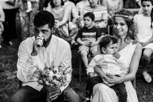 Boda en Hervás y postboda en Trevejo de Sofía y Charly realizada por Johnny García, fotógrafo de bodas en Extremadura, la pareja se emociona con las palabras de la hermana de la novia