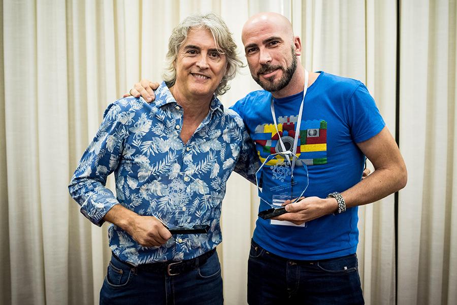 Fotografía de los ganadores al premio Fotógrafo del Año, Johnny García y Agustín Regidor de Fotógrafo de Boda en España