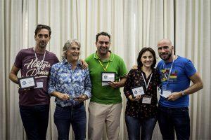 Fotografía de los ganadores al premio Fotógrafo del Año, Johnny García y Agustín Regidor de Fotógrafo de Boda en España, todos los ganadores