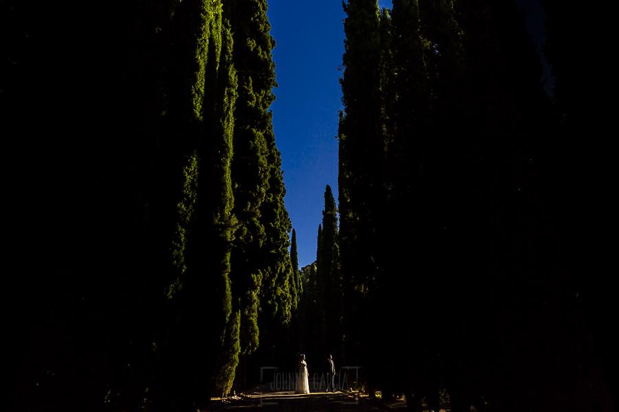 Boda en Granada de Marta y Mauricio realizada por Johnny García, fotógrafo de bodas en Granada, sesión de post boda por la Alhambra de Granada