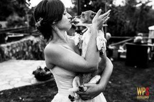 Fotografía de boda premiada en la wps en su colección número 30 realizada en el Rincón de Castilla por Johnny Garcia fotógrafo de bodas en Salamanca