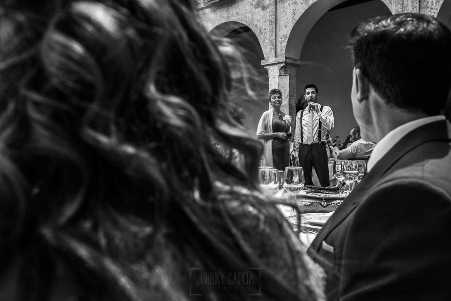 Boda en el Monasterio de Guadalupe de Ana Belén y Javier realizada por el fotógrafo de bodas en Extremadura Johnny García, un amigo de la pareja le dedica unas palabras