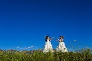 Fotos de comunión, comuniones Johnny García, fotógrafo en Extremadura, gemelas