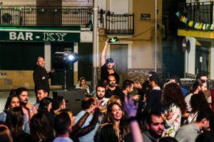 Fotografías de los directos de la orquesta Diamante el Show del Calvo en Candelario y Torrecillas de la Tiesa realizadas por el fotógrafo en España Johnny García. Los técnicos de sonido e iluminación.