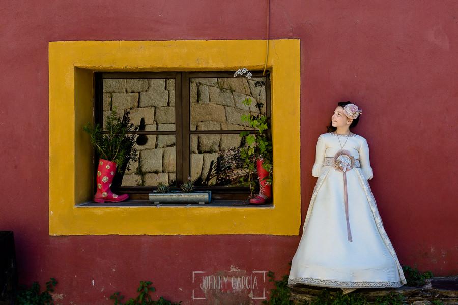 Comunión en Guijuelo de Leticia, realizada por Johnny García, fotógrafo de comuniones en Guijuelo. Leticia en Granadilla.