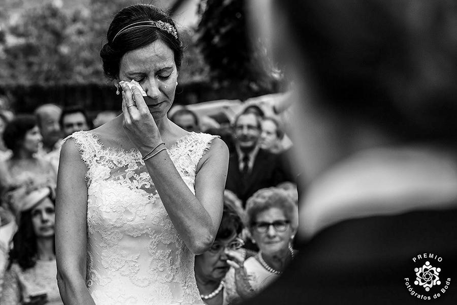 Fotografía de boda premiada en el Round 14 de Fotógrafos de Boda en España realizada por Johnny García fotógrafo de bodas en Hervás