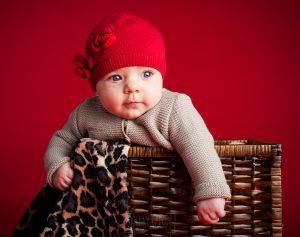 Fotografía infantil, premamá, embarazo y familia realizada por Johnny García, Fotógrafo en Hervás. Emma.