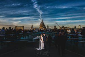 Post boda en Londres de Ani y Hécter realizadas por Johnny García, fotógrafo de bodas en Londres; preciosa vista de Londres.