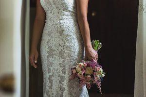 Los mejores ramos de novia, ideas para tu ramo de novia, Johnny Garcia fotógrafos, ramo asimétrico de novia.