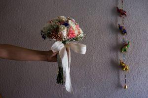 Los mejores ramos de novia, ideas para tu ramo de novia, Johnny Garcia fotógrafos, ramo de novia con lazo.