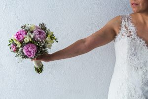 Los mejores ramos de novia, ideas para tu ramo de novia, Johnny Garcia fotógrafos, ramo de novia con peonias.
