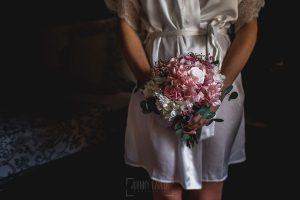 Los mejores ramos de novia, ideas para tu ramo de novia, Johnny Garcia fotógrafos, ramo de novia asimétrico.