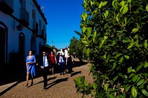 Boda en Hacienda de Regla, Sevilla, de Jessica y Sergio, Johnny García, fotógrafo de bodas en Sevilla; Los invitados empiezan a llegar.