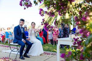 Boda en Hacienda de Regla, Sevilla, de Jessica y Sergio, Johnny García, fotógrafo de bodas en Sevilla; una vista del altar con los novios.