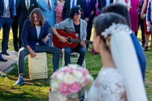 Boda en Hacienda de Regla, Sevilla, de Jessica y Sergio, Johnny García, fotógrafo de bodas en Sevilla; música en directo durante la ceremonia.