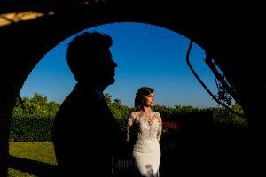 Boda en Hacienda de Regla, Sevilla, de Jessica y Sergio, Johnny García, fotógrafo de bodas en Sevilla; una foto de la novia.