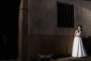 Comunión en Hervás de Laura, foto de comunión realizada por Johnny García, fotógrafo de comuniones.