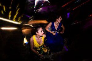 Boda en La Alberca de Sonia y Juanjo realizada por el fotógrafo de bodas en Salamanca Johnny García. Momento de la fiesta 8.
