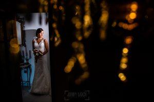 Boda en Béjar de Vanessa y Jorge realizada por Johnny García, fotógrafo de bodas en Béjar. Retrato de Vanessa.