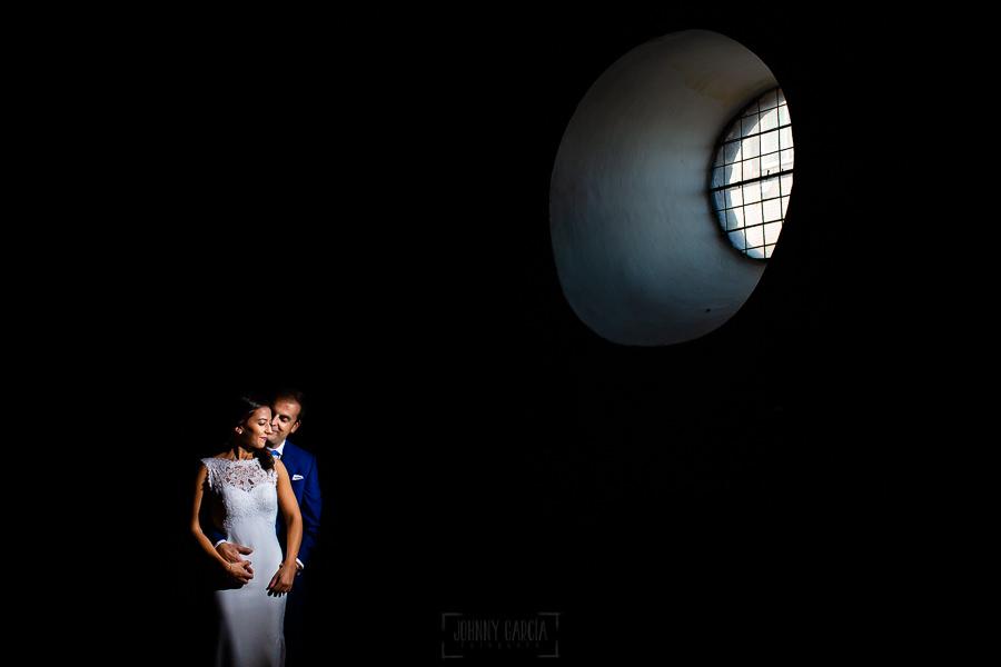 Bodas en Piedrahíta de Ana y Alberto, realizada por el fotógrafo de bodas en Salamanca Johnny García. Una imagen de Ana y Alberto en Piedrahita.