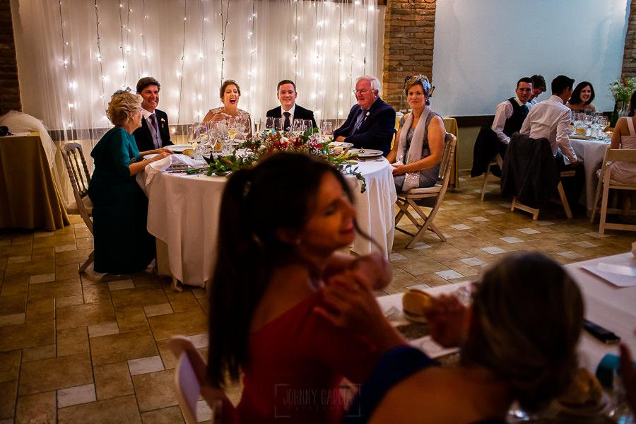 Bodas Jarandilla de la Vera, boda de Clara y David en el Hotel Ruta Imperial, fotos realizadas por Johnny García, fotógrafo de bodas en Cáceres. La mesa presidencial.