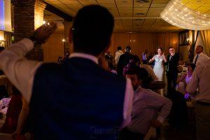 Bodas Jarandilla de la Vera, boda de Clara y David en el Hotel Ruta Imperial, fotos realizadas por Johnny García, fotógrafo de bodas en Cáceres. Discurso del mejor amigo del novio.