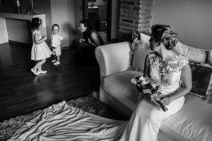 Bodas Jarandilla de la Vera, boda de Clara y David en el Hotel Ruta Imperial, fotos realizadas por Johnny García, fotógrafo de bodas en Cáceres. Los sobrinos de los novios.