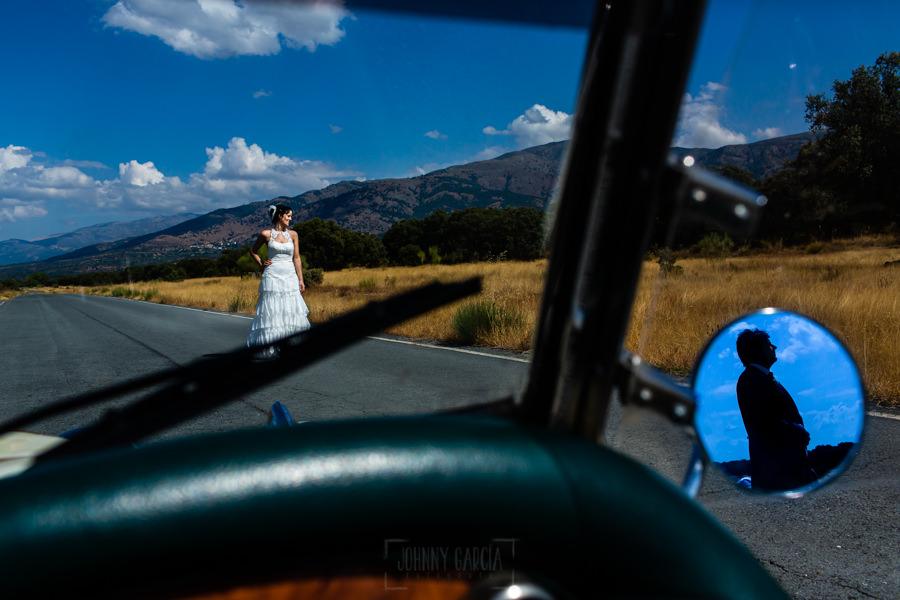 Boda en Segura de Toro de Araceli y César, captada fotográficamente por elfotógrafo de bodas en Cáceres Johnny García, una foto de pareja