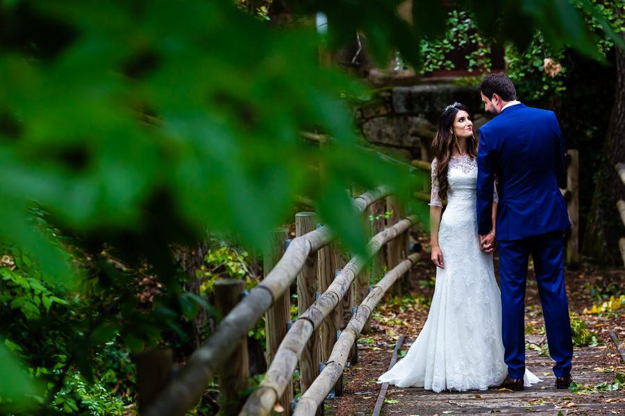 Boda en Hervás de Yolanda e Ignacio, foto realizada por el fotógrafo de bodas en Cáceres Johnny García. Foto de los novios en la sesión de pareja.