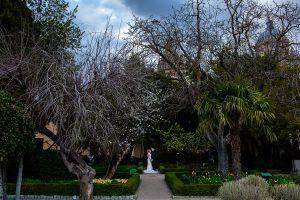 Boda en Puerto de Béjar de Susana y Benjamín, realizada por el fotógrafo de bodas en Guijuelo Johnny García. Foto en el paque de los novios.
