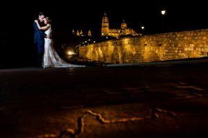 Boda en Puerto de Béjar de Susana y Benjamín, realizada por el fotógrafo de bodas en Guijuelo Johnny García. Ultima foto de la sesión de postboda.